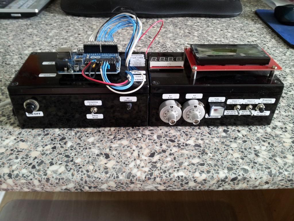 Arduino simulerings box set fra fronten